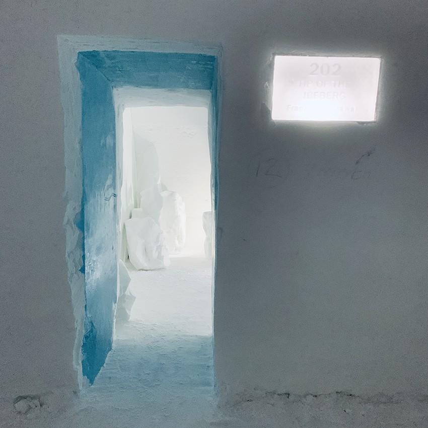 http://franziskaagrawal.com/files/gimgs/th-120_Icehotel_Suite_franziska_agrawal_3.jpg