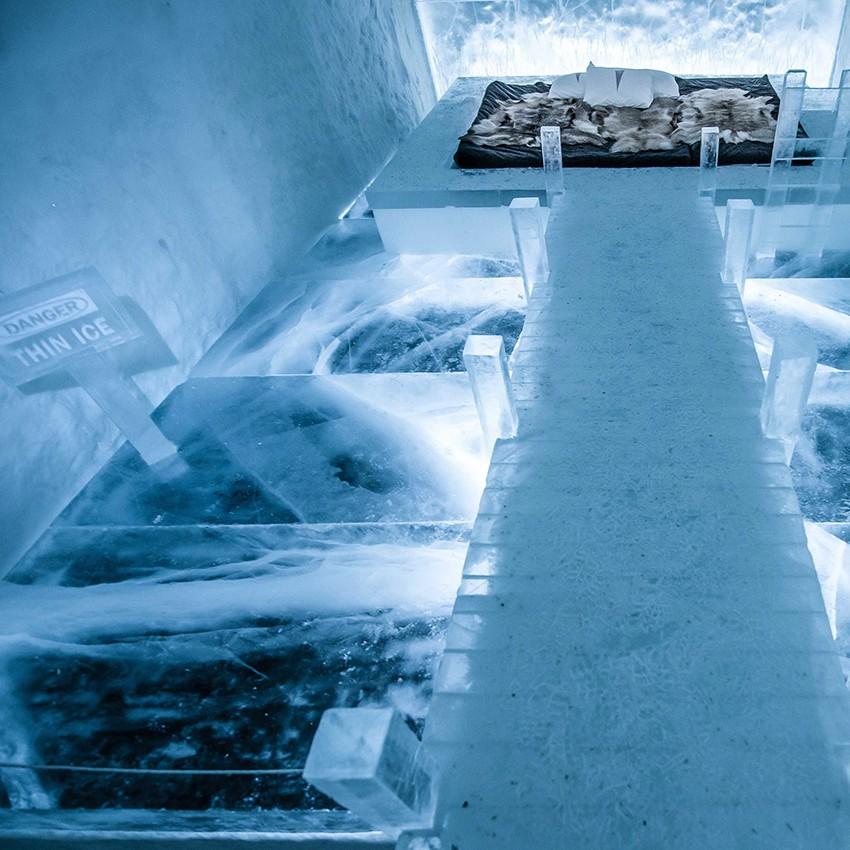 http://franziskaagrawal.com/files/gimgs/th-1_Agrawal-Icehotel-Danger-thin-Ice-2017-square-Asaf-Kliger.jpg
