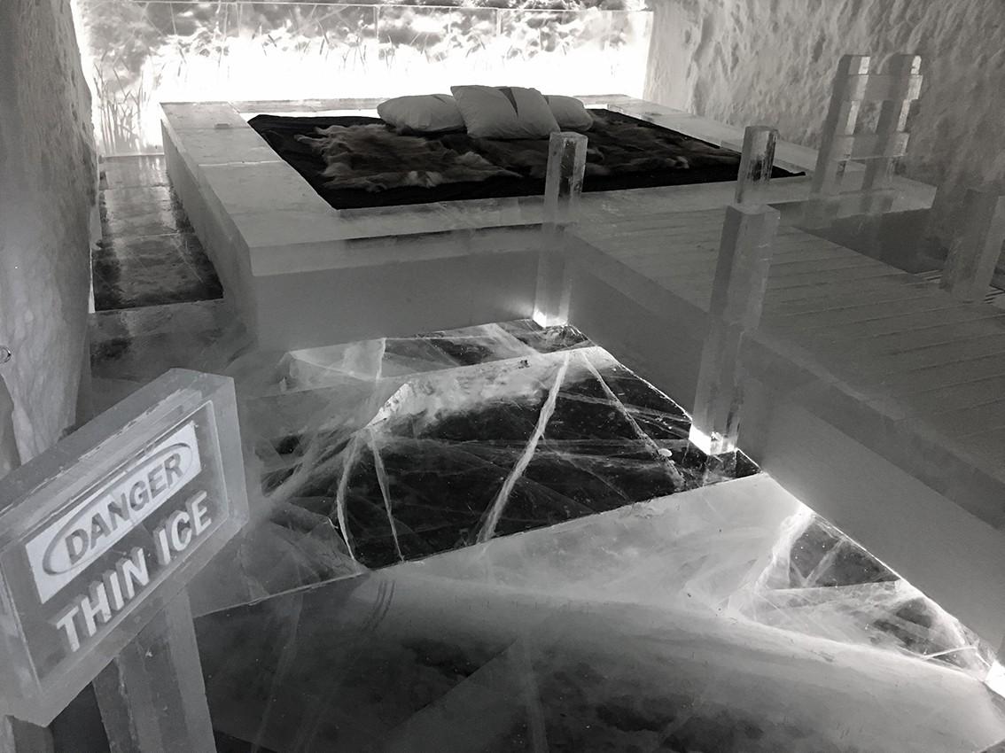 http://franziskaagrawal.com/files/gimgs/th-1_Icehotel2.jpg