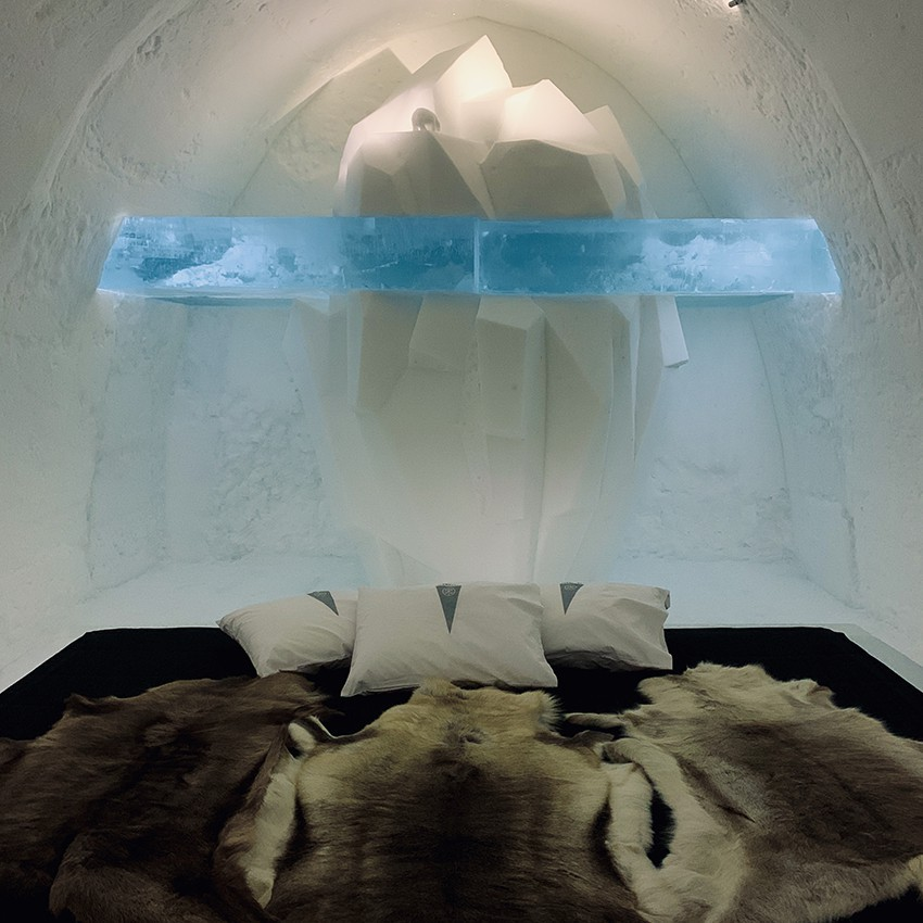 http://franziskaagrawal.com/files/gimgs/th-1_Icehotel30__franziska_agrawal.jpg